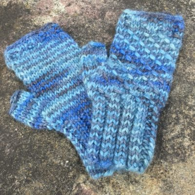 Last Minute Knitting?  Free Mitt Pattern!